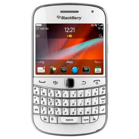 White Bold 9900 soon on T-Mobile carrier
