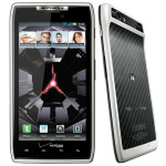 White Motorola RAZR comes in Verizon stores with Android 4.0 Ice Cream Sandwich