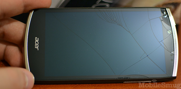 acer-cloudmobile-broken-screen-2